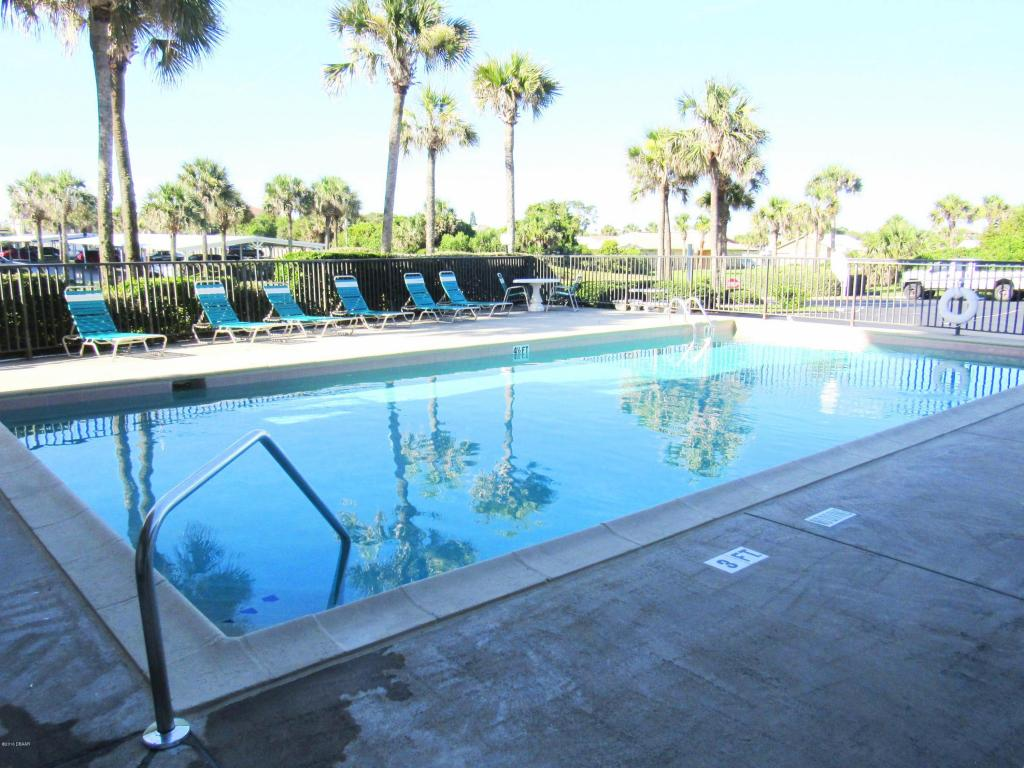 seabridge condo  building ormond beach